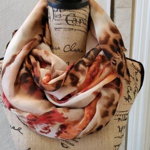 Accessories - Beautiful scarf
